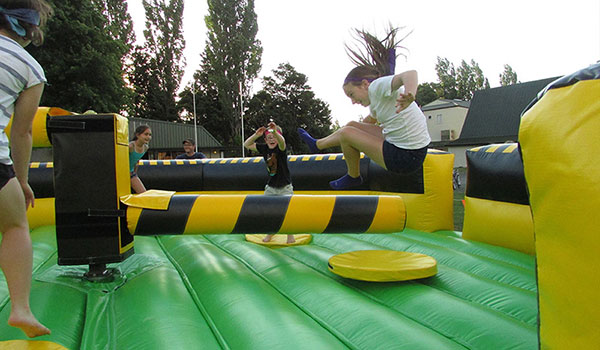 Tauranga Party Bouncy Castles - Wipeout Jumping Game